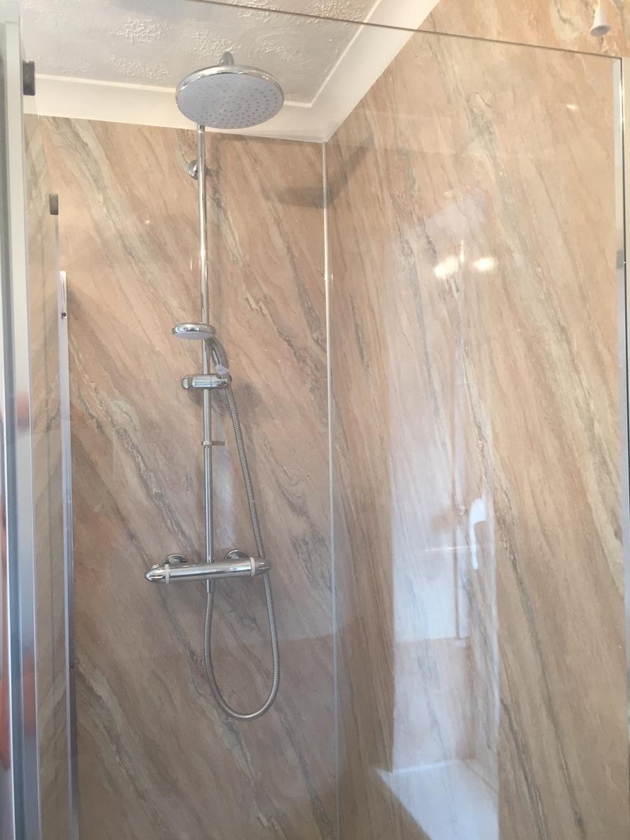 Aqua Board Bee Smart - Aquaboard shower panels